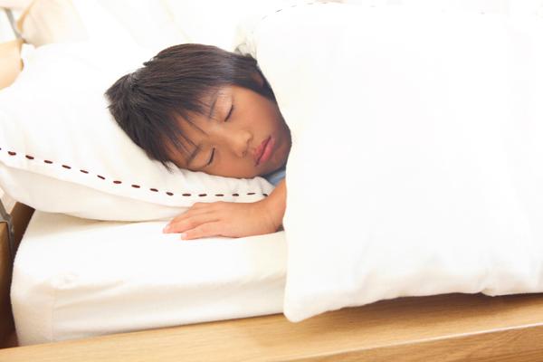 お子さまの睡眠時無呼吸症候群